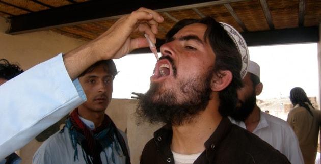 reu_rtr3v411_polio_vaccinazione