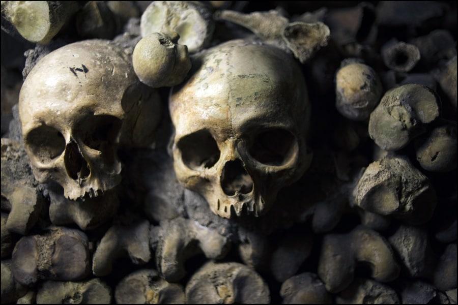 Che cosa sono le catacombe di Parigi