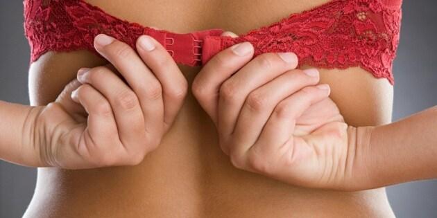 b-8-dangerous-health-effects-wearing-wrong-sized-bra-92-061014-231645