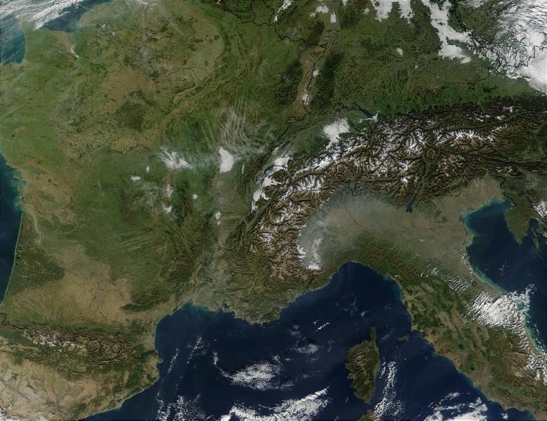 france.a2001307.1040.1km
