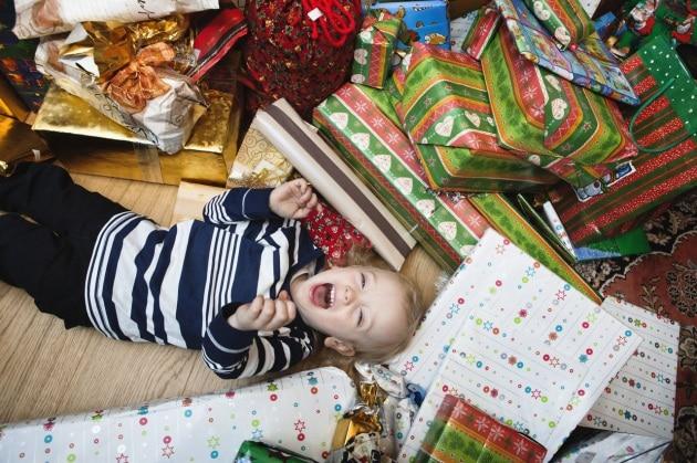 Se ci sono troppi giocattoli sotto l'albero