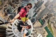 caters_daredevil_selfie_dubai_02_preview