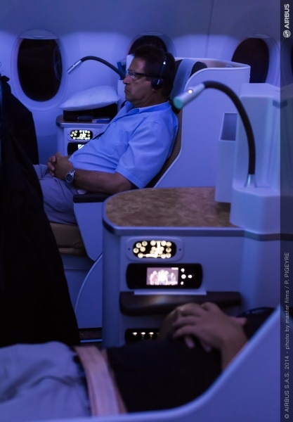 a350_xwb_-_route_proving_-trip_2-_onboard_cabin