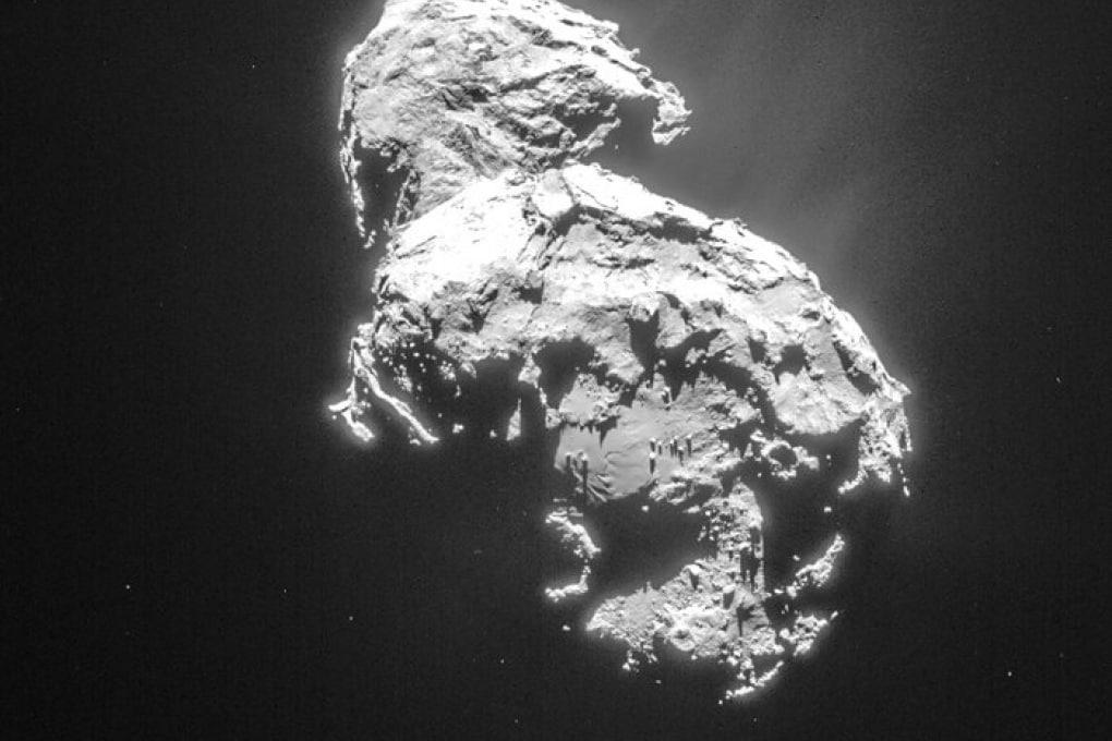 Philae, la sonda scesa sulla cometa 67/P, potrebbe risvegliarsi domani