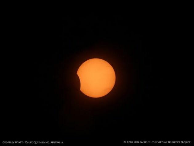 Eclissi di Sole di Australia e Antartide: le foto