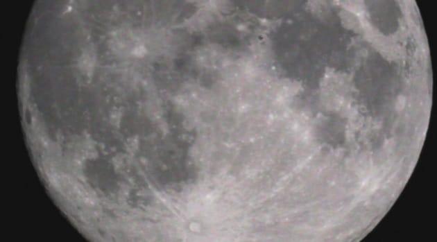Il transito della ISS davanti alla Luna
