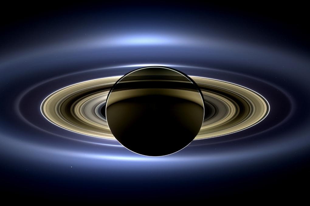 La Terra vista da Saturno, la foto definitiva