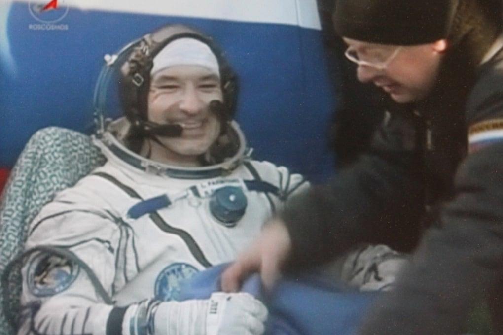 Luca Parmitano, atterraggio perfetto: la Soyuz è rientrata dallo Spazio