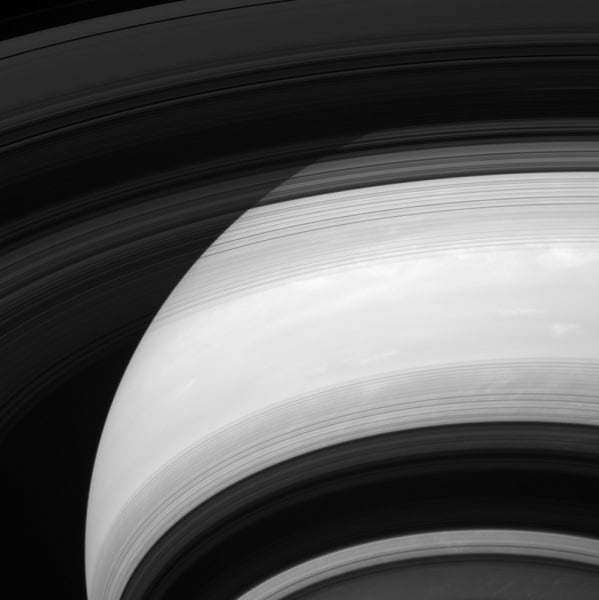 saturn-rings-shadows