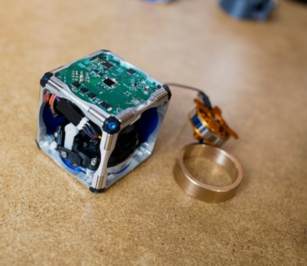 Cubetti pazzi: il robot modulare del MIT