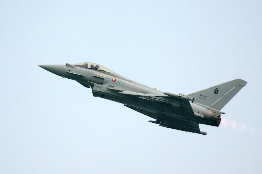 eurofighter_typhoon_aeronautica_militare_2009_04matthiaskabel