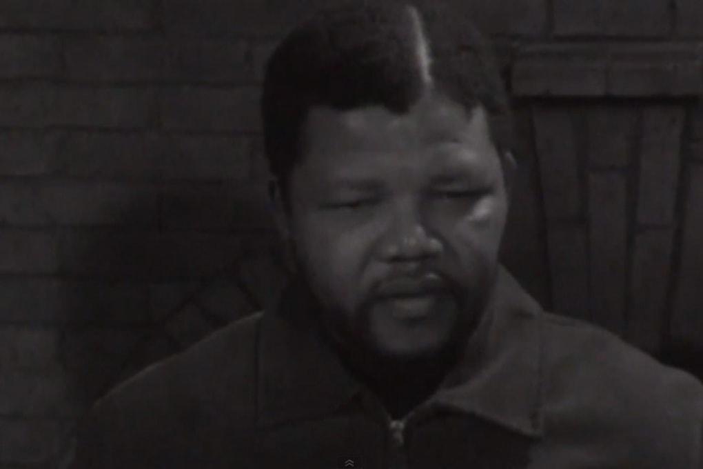 La prima intervista televisiva a Nelson Mandela