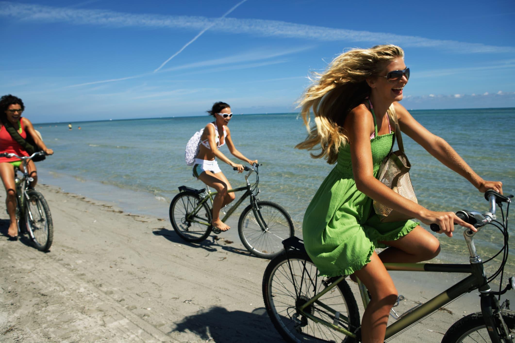 10 buone ragioni per andare di pi in bicicletta for Bicicletta per tre persone