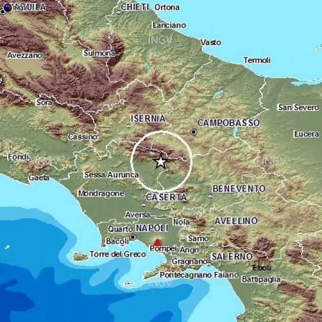 Terremoto, forte scossa tra Campania e Molise