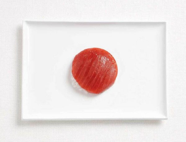 9japan-flag-made-from-food