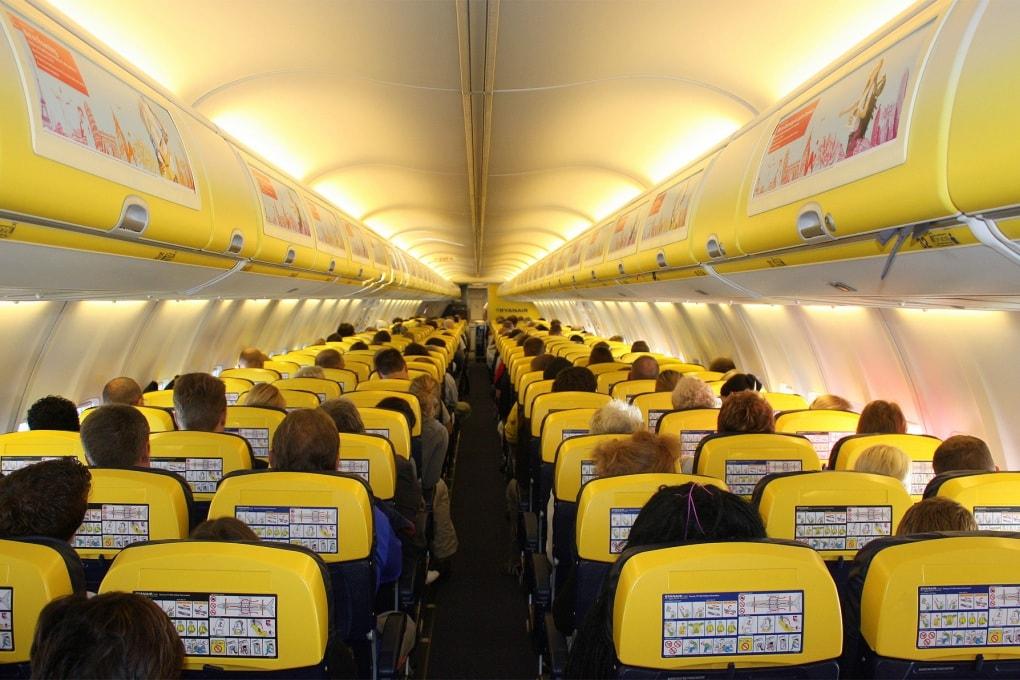 Il virus Ebola si può diffondere tra i passeggeri di un aereo?
