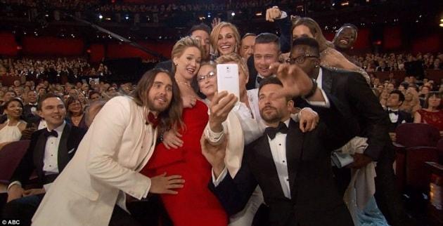 Un product placement di Samsung dietro al selfie record degli Oscar?