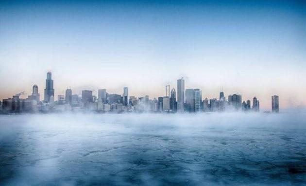 Il vapore che si alza dal Lago Michigan