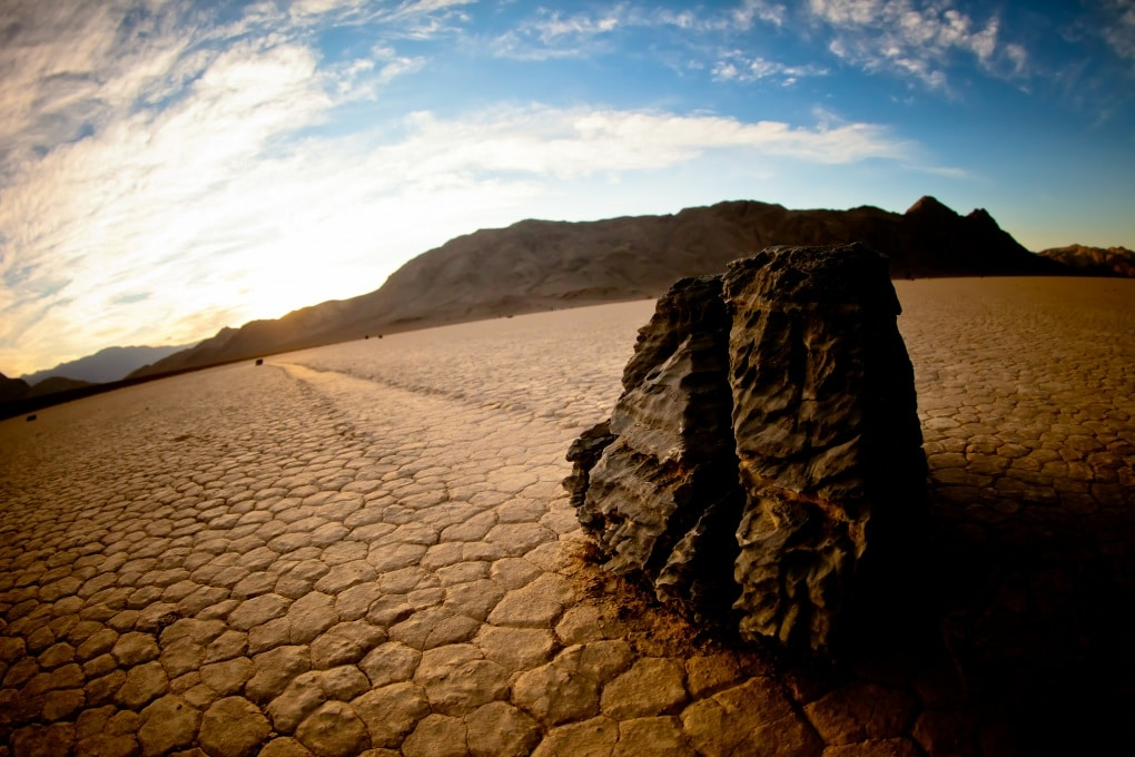 Risolto il mistero delle pietre che camminano