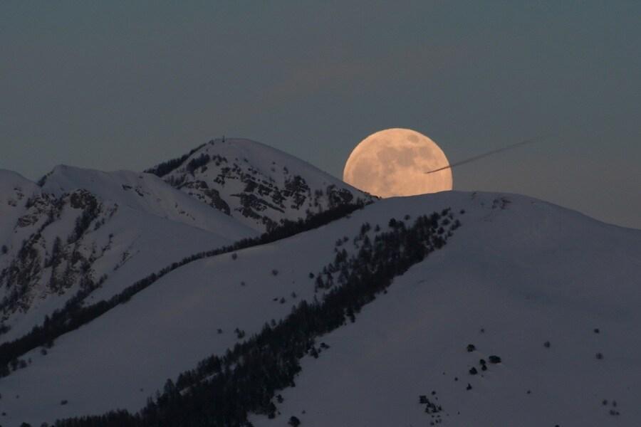 moon_jacques_big