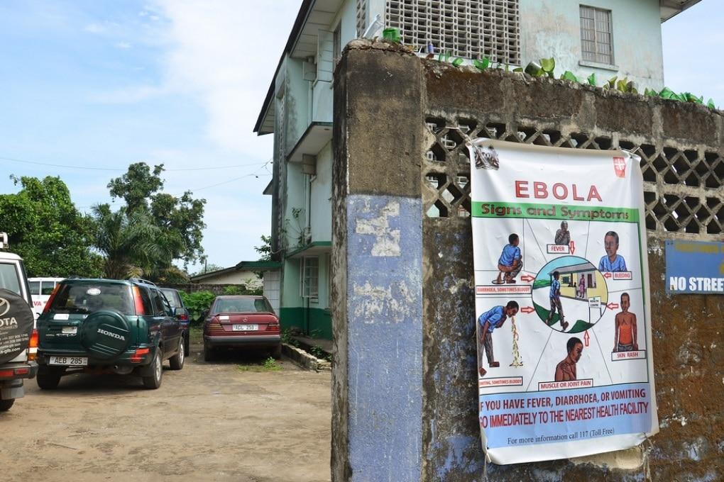 Ebola, medico italiano positivo al virus