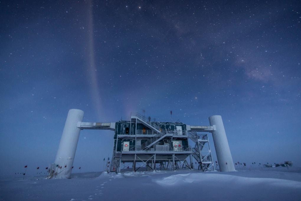 IceCube, nei ghiacci le tracce di neutrini altamente energetici extrasolari