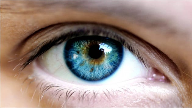 Cambiare il colore degli occhi con il laser - Colore degli occhi diversi ...