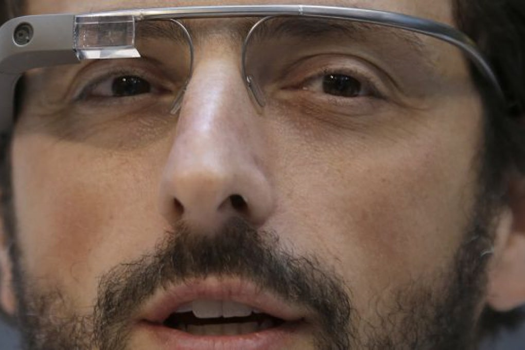Google ci avvicina ai Google Glass con la ricerca vocale attivata senza bisogno di click