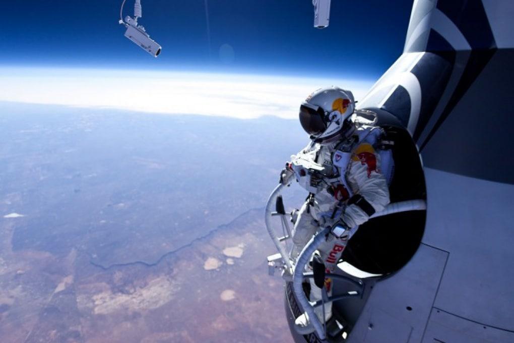 Il nuovo record di Felix Baumgartner: in caduta libera da 22mila metri a 586 km/h?