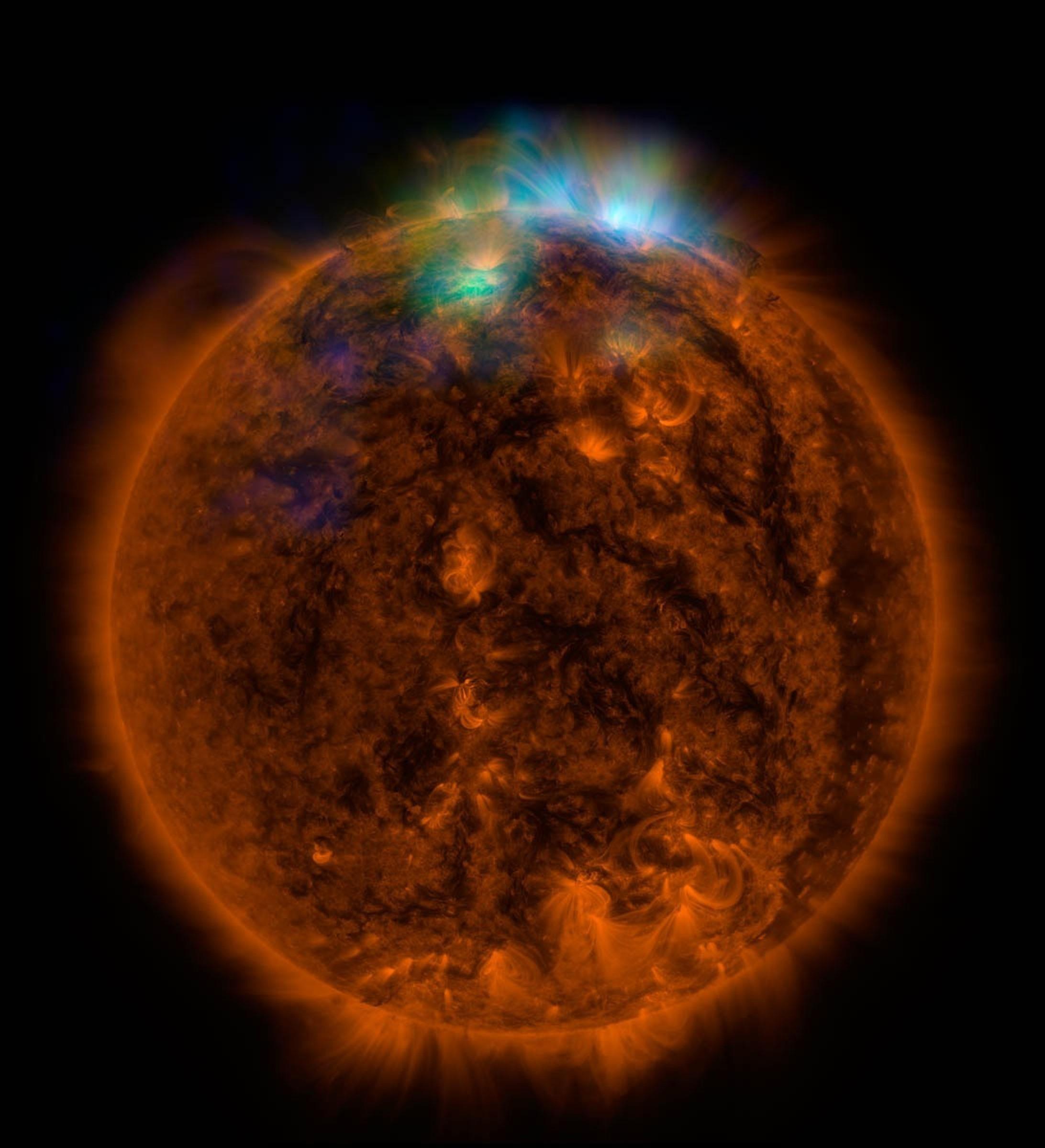 Risultati immagini per immagini raggi x sole