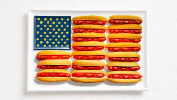 17united-states-flag-made-from-food