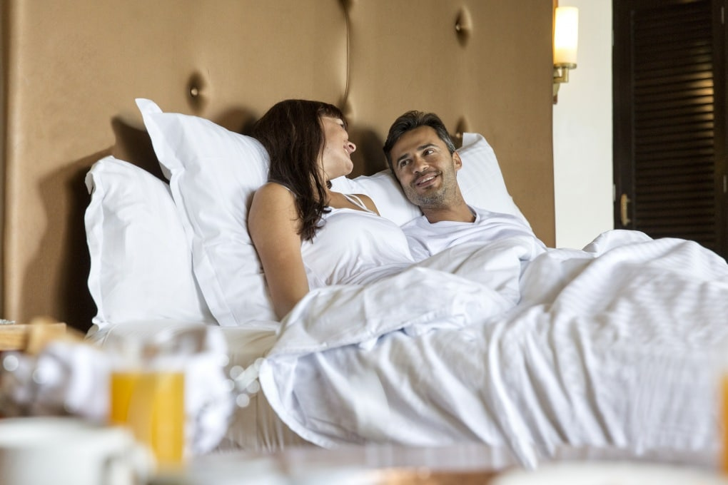 Fare più sesso non rende più felici