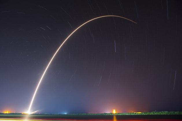 Il razzo che si auto-consuma durante il lancio