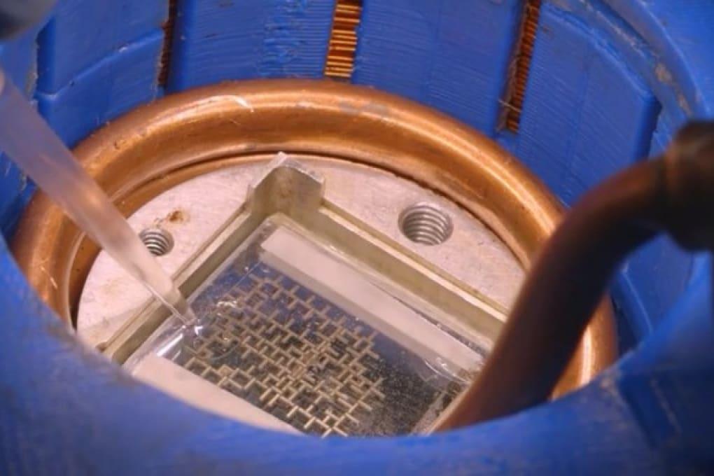 Il computer ad acqua dell'università di Stanford