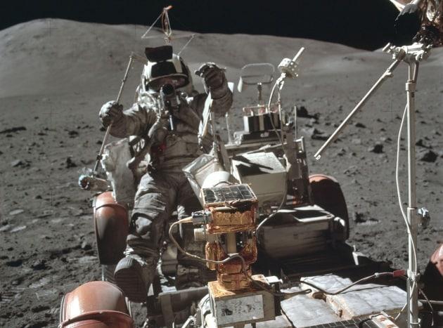 Quanta spazzatura abbiamo lasciato, sulla Luna?