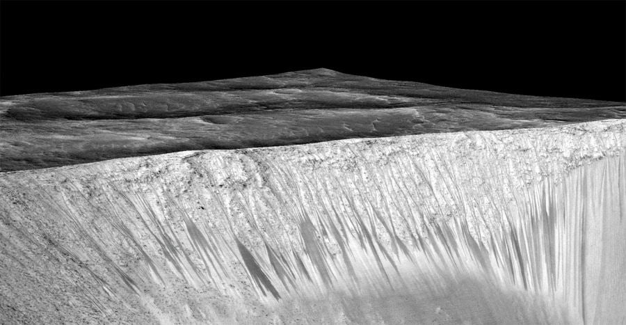 water-on-mars-layers