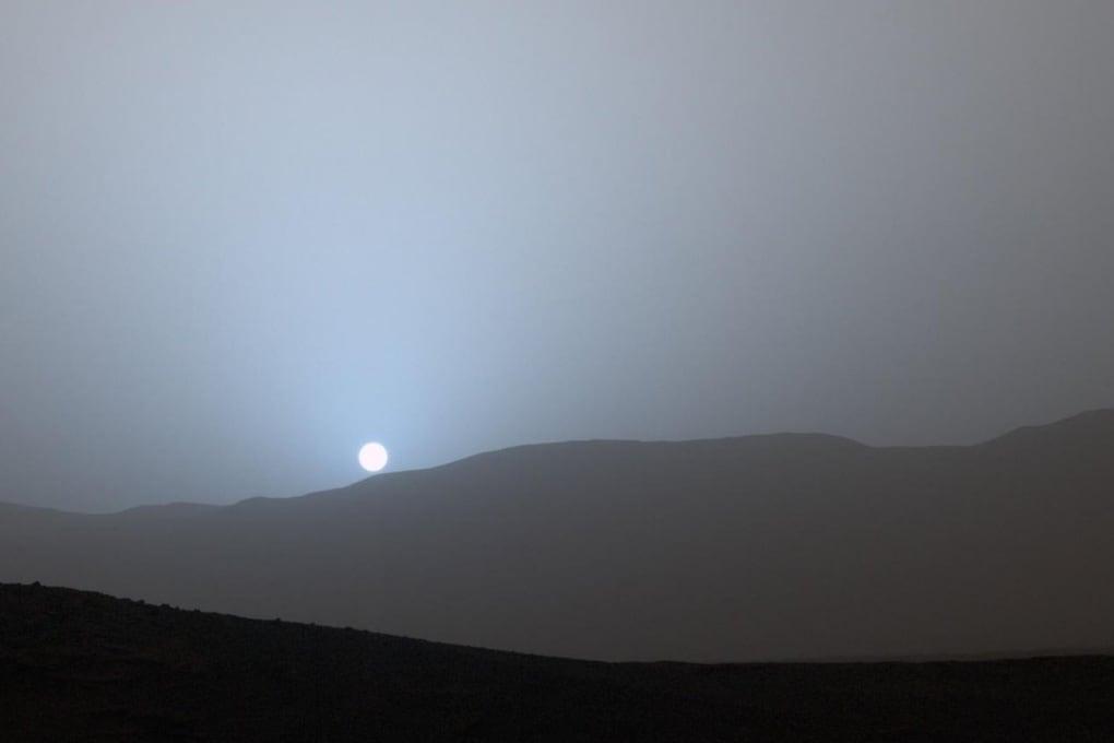 Tramonto blu sul pianeta rosso