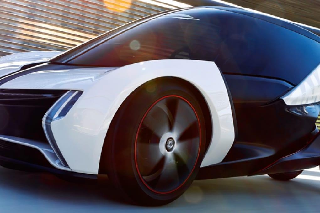 Apple, Tesla, Google e tutti gli altri: la guerra della smart car