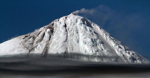 Le rare immagini dell'eruzione di un vulcano subantartico