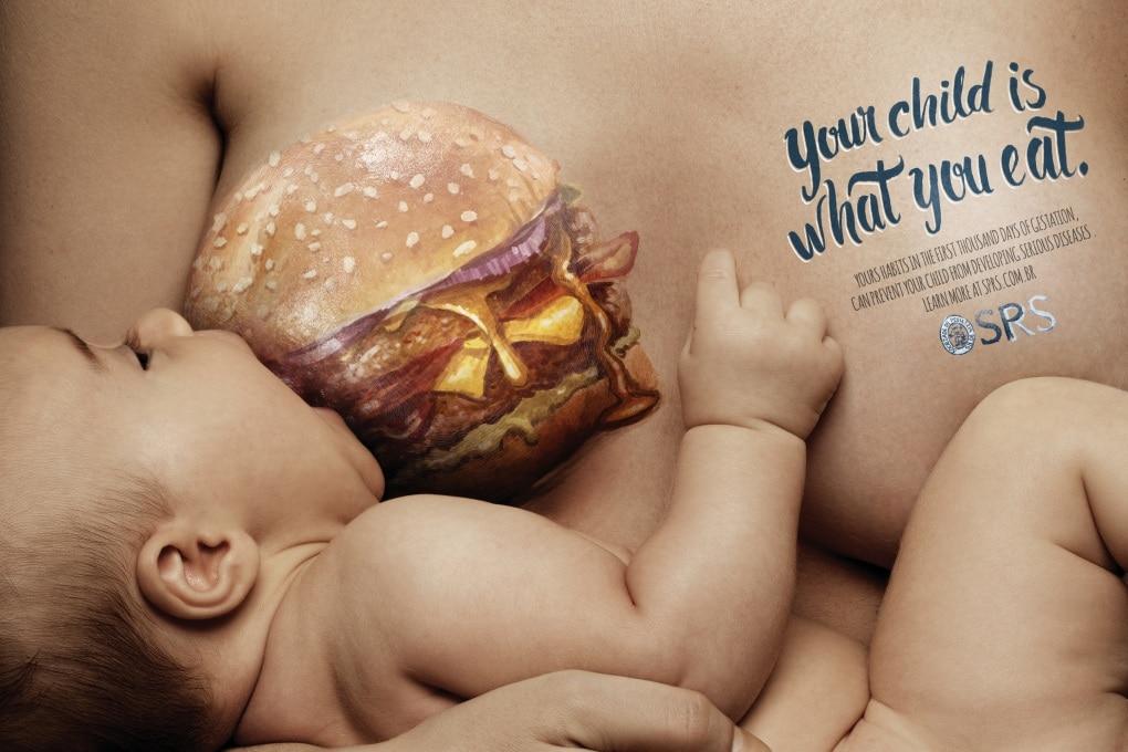 La campagna sugli effetti dei fast food nelle mamme che allattano