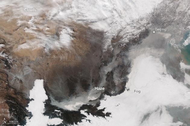 Lo smog su Pechino visto dallo Spazio
