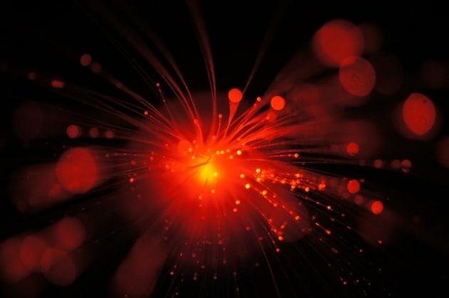 Nuovo record di velocità nella trasmissione dati