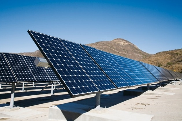 Quanti pannelli solari servono per dare energia a tutto il mondo?