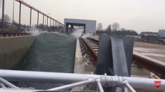 Creata in Olanda la più alta onda artificiale