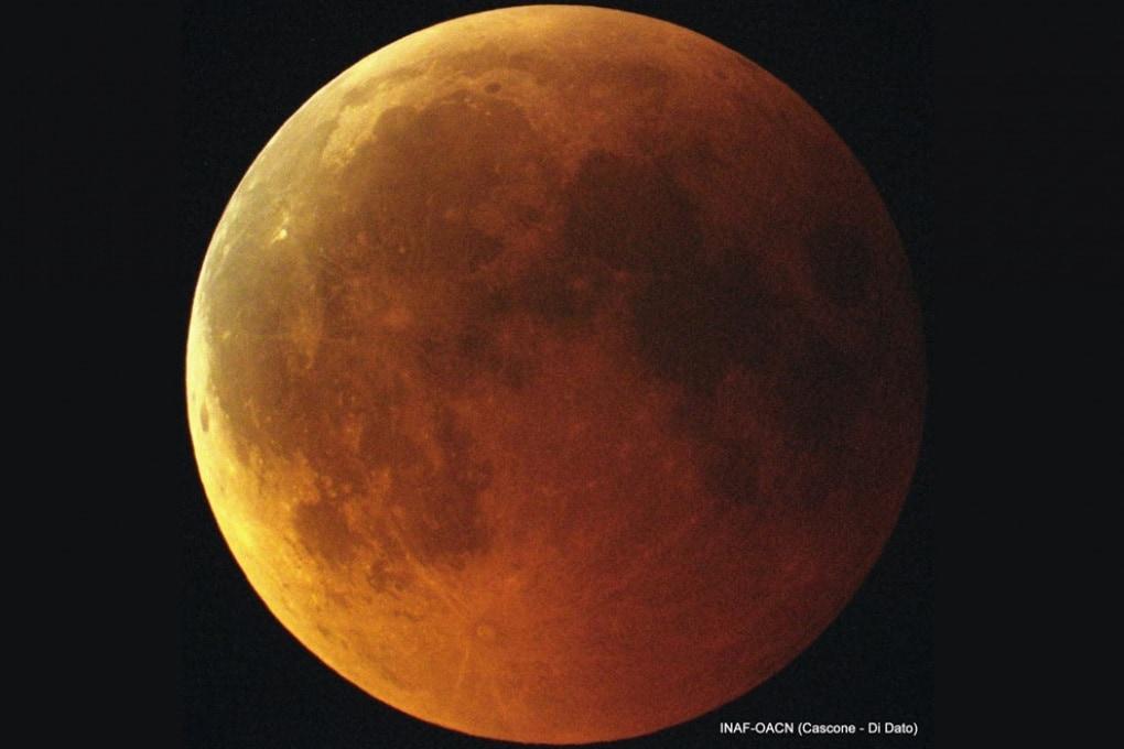La guida per l'eclissi lunare