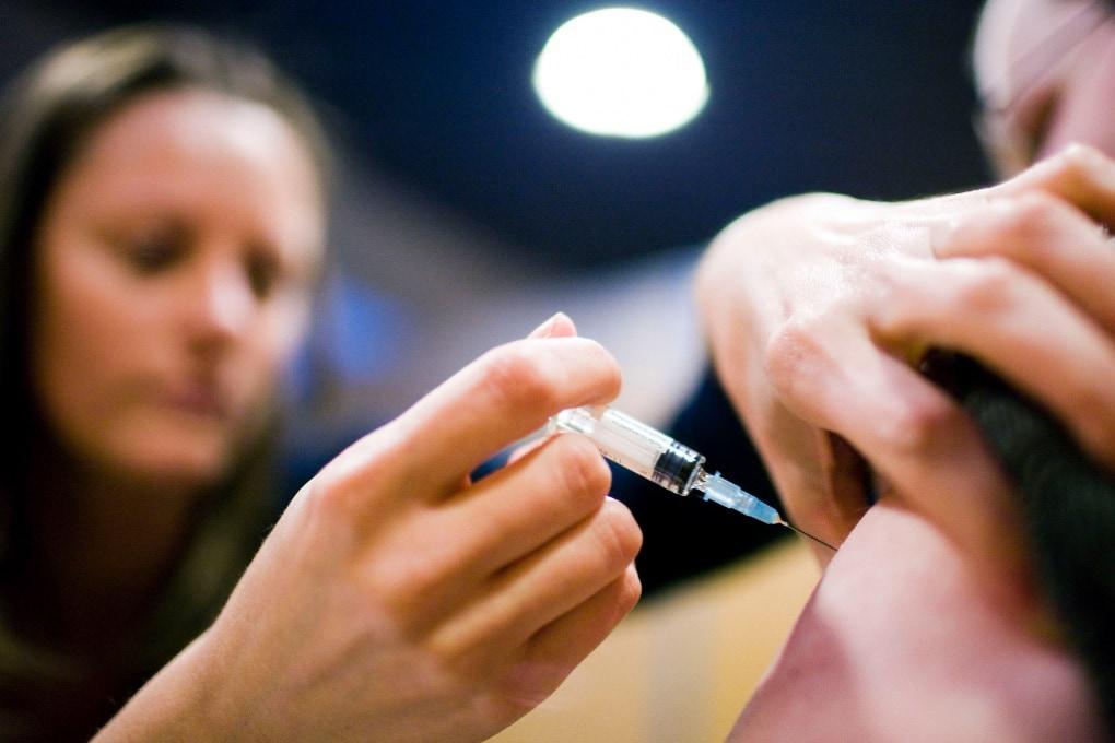 Vaccini, corsi obbligatori per chi è contrario