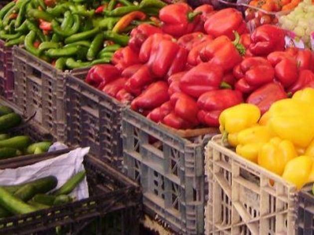 Alimentazione l 39 indagine 9 italiani su 10 pi 39 verdi 39 a for Mercato frutta e verdura milano