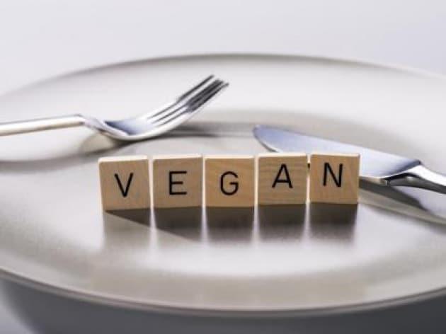 Salute: Veronesi, tragico caso bimbo non sia occasione per demonizzare vegan