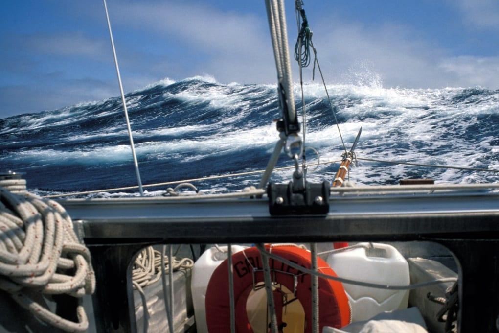 Mostruose onde sottomarine percorrono i mari del pianeta