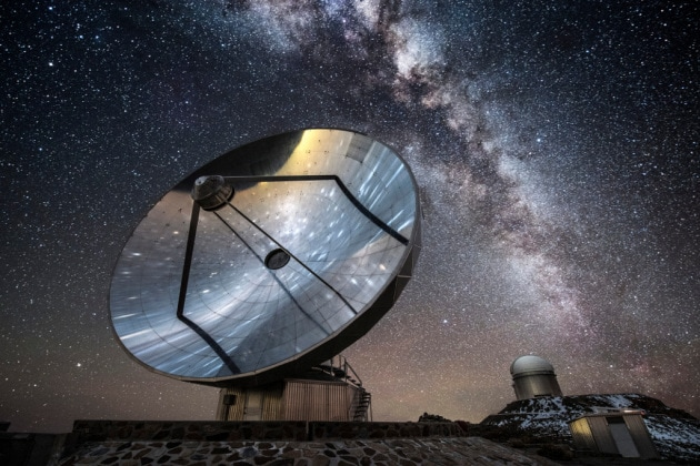 La Via Lattea e il telescopio La Silla